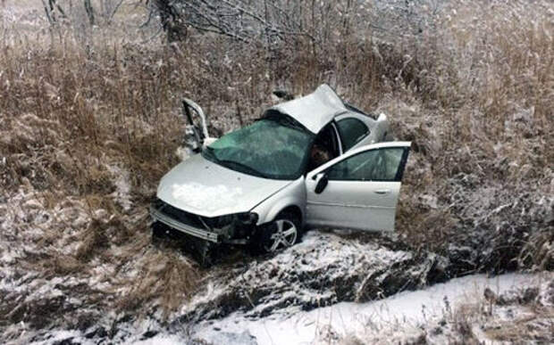 Около 20 машин разбились из-за снегопада