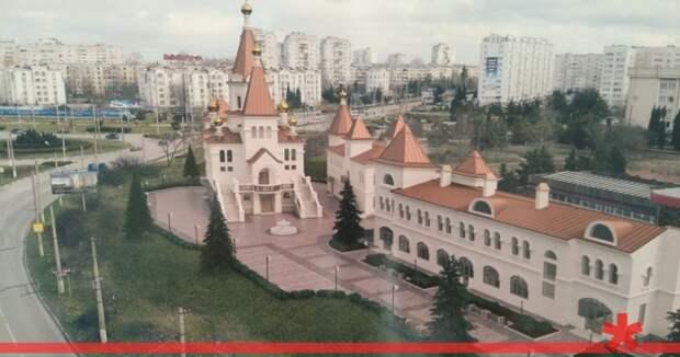 All inclusive у Матроны: зачем РПЦ строит в Севастополе гостиницы у моря
