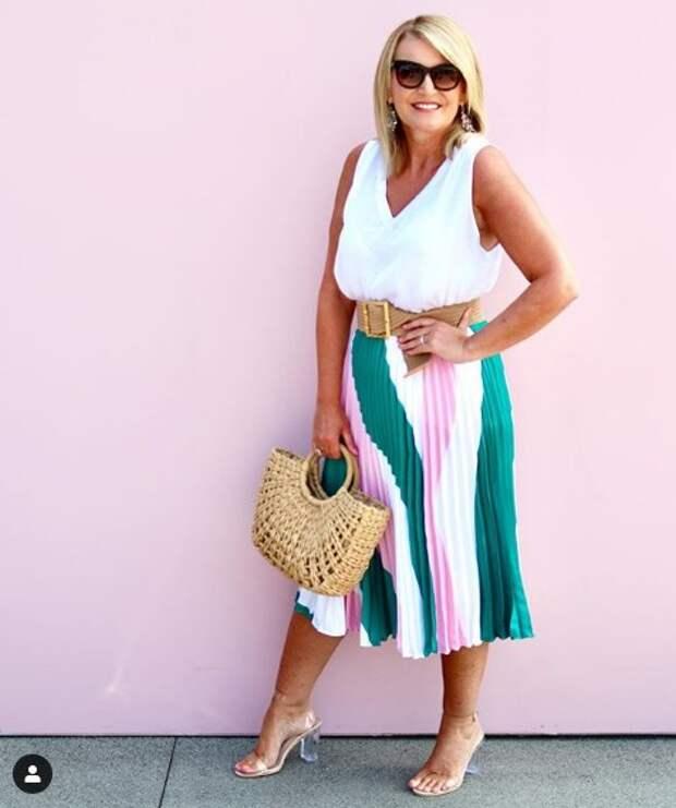 12 простых и безупречных летних образов, для дам за 50