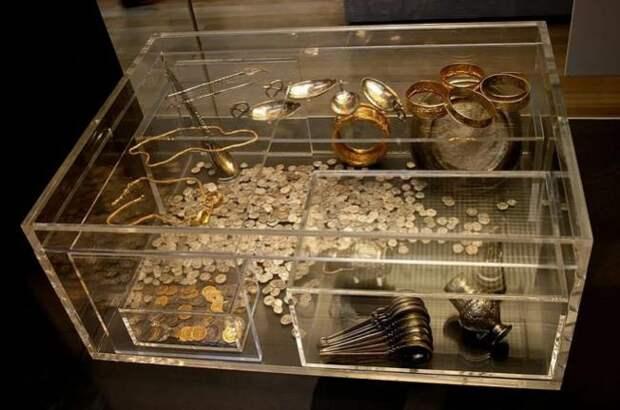 5 необычных находок, которые сделали людей миллионерами