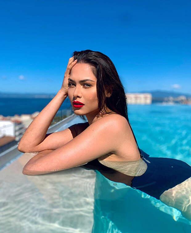 Андреа Меза