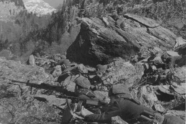 1942-10-БИТВА ЗА КАВКАЗ БЛИЗ СОЧИ- (15) — копия.jpg