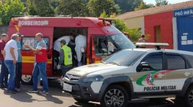 ВБразилии 3 детей и2 взрослых убиты при нападении надетсад