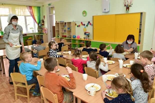 Через три года в Крыму обещают ликвидировать очереди в детские сады