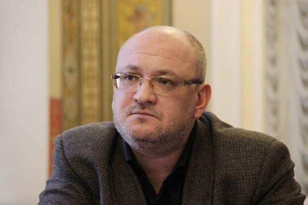 Депутат-наркоман Резник нашел способ остаться в ЗакСе на новый срок