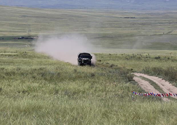 Участники соревнований «Военное ралли» приступили к подготовке военной техники в Кызыле