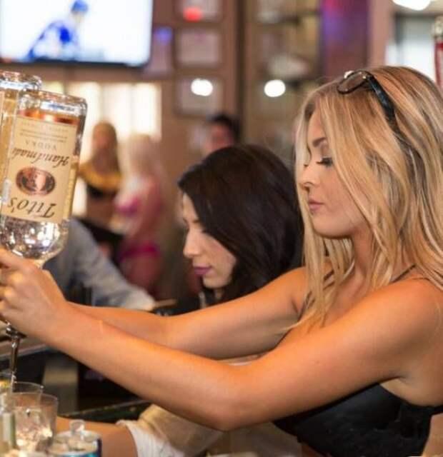 Прекрасные работницы баров (27 фото)