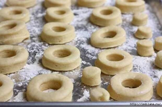 Быстрые пончики на кефире