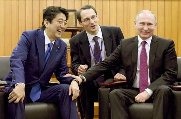 Министр обороны Японии проигнорировала демонстрацию систем ПРО в США