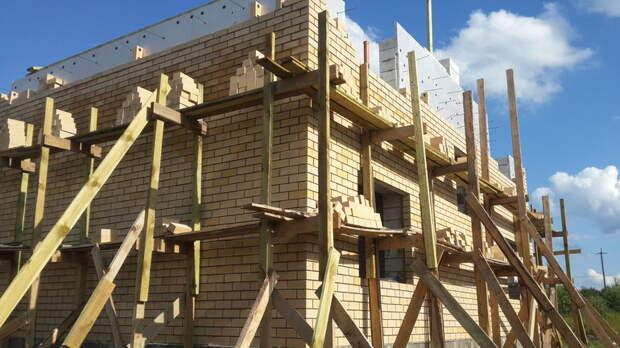 Как сделать строительные леса из досок своими руками