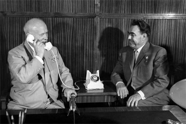 Хрущёв  и Брежнев
