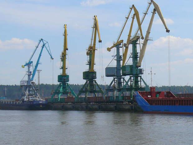 Неприятный сюрприз от Усть-Луги: российский порт готовится отнять последнее, что осталось у Прибалтики