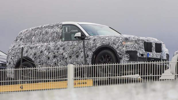 Большой кроссовер BMW X7 дебютировал во плоти