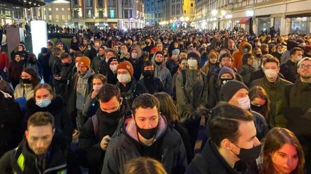 Федеральные каналы никак не освещали протестные акции 21 апреля.  Митинги и число «пи». Арифметика протеста