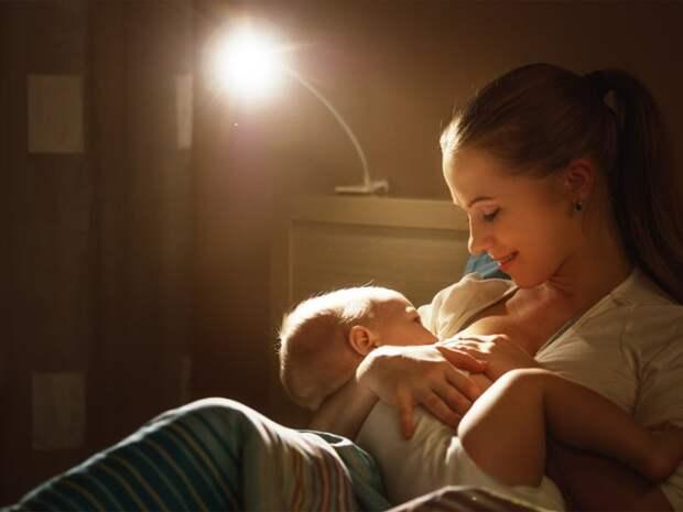 10 любопытных фактов из истории грудного вскармливания и детского питания