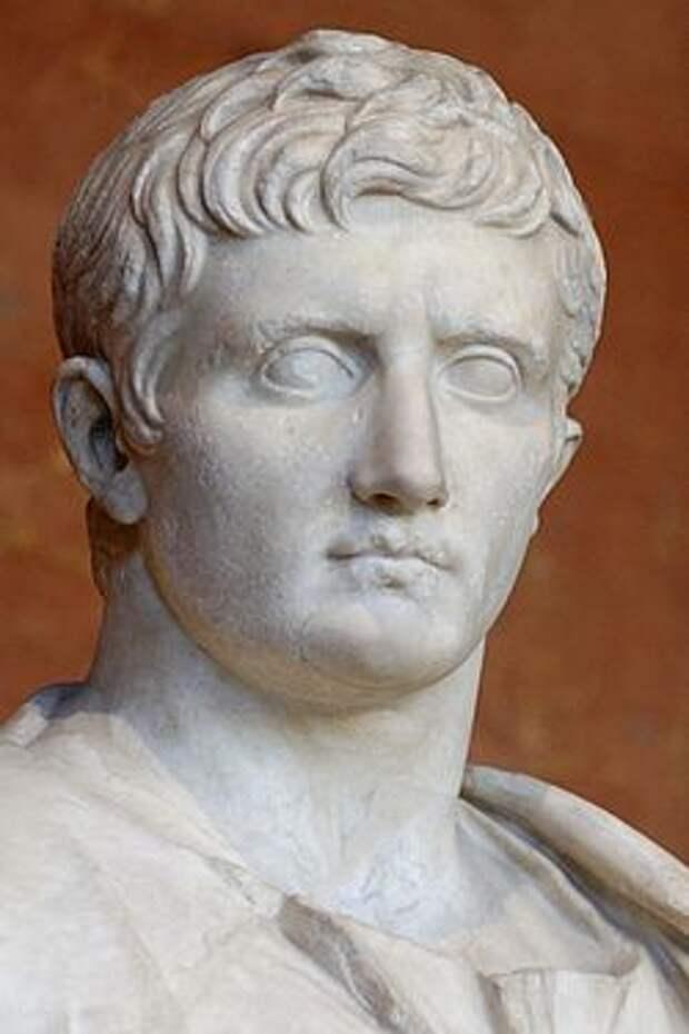 """Как Романовы себе родословную придумали. """"Потомки"""" римских императоров"""