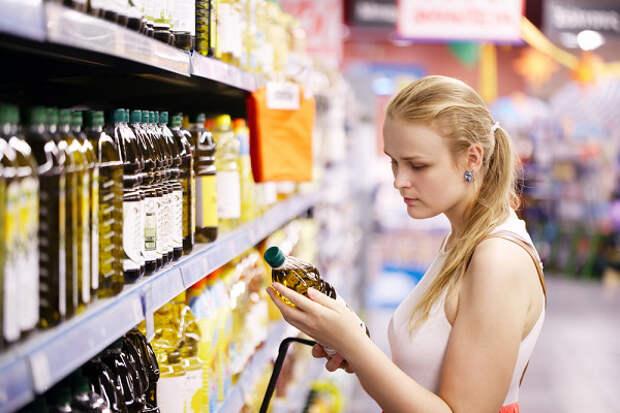 Названы продукты, которые провоцируют мигрень