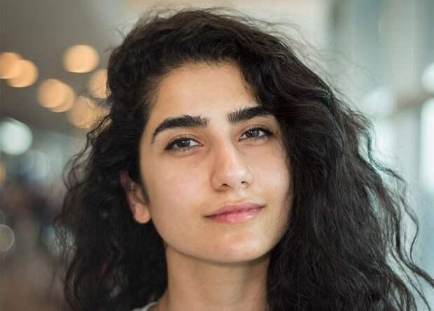 «100 лиц из 100 стран»: эмоциональные портреты пассажиров стамбульского аэропорта
