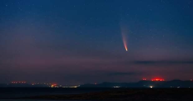 В США засняли метеорит, который пролетел в 26 километрах от земли (Видео)