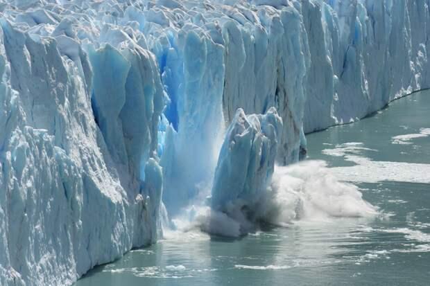 Скоро от Антарктиды отколется громадный айсберг