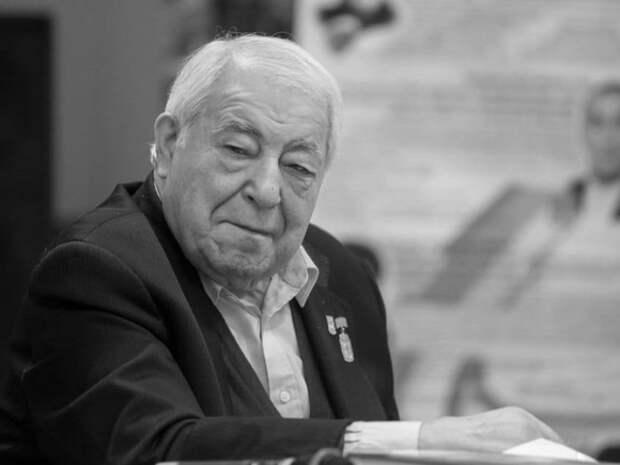 Скончался легендарный тренер по борьбе Дмитрий Миндиашвили