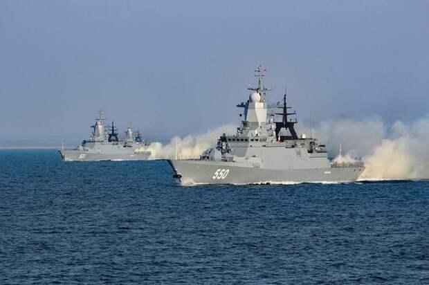 Портал Sohu: флот России устроит «жесткую» встречу британским кораблям в Черном море