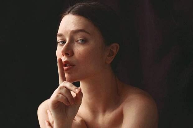 Психодерматология: как стресс влияет на вашу кожу
