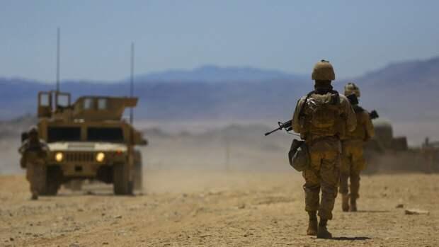 Британцам стало стыдно из-за рекламы американской армии с геями и лесбиянками