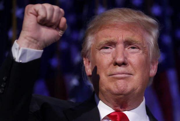 Трамп возвращает лидерство в республиканской партии на фоне кризисов Байдена