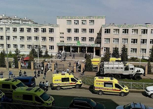 «Прооперировали легкие, вытащили шесть дробин»: отец пострадавшего в Казани школьника рассказал о самочувствии сына