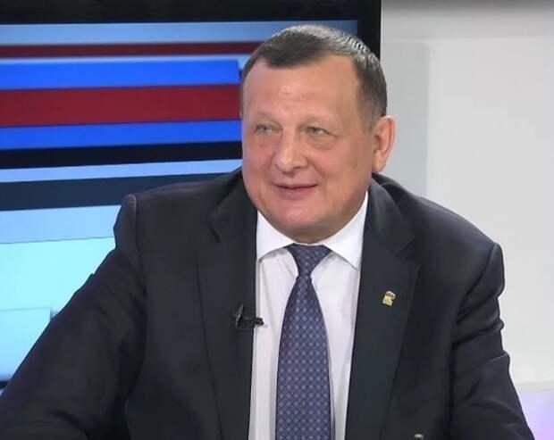 Экс-глава подмосковного района обвиняется в получении взятки