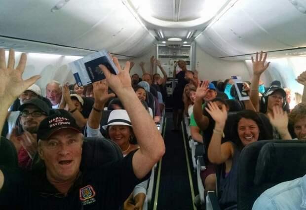 Если все пассажиры лайнера захотят попрыгать, это не собьет самолет с траектории / Фото: phototass1.cdnvideo.ru