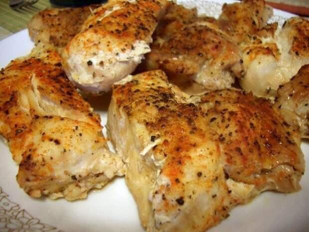 Запеченное куриное филе под соусом амаретто