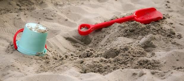 Во воре в 4-м проезде Марьиной Рощи отремонтировали песочницу – «Жилищник»