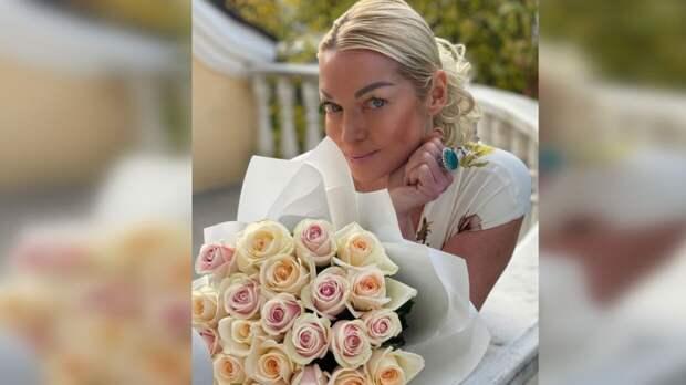 Анастасия Волочкова показала лицо своего загадочного жениха