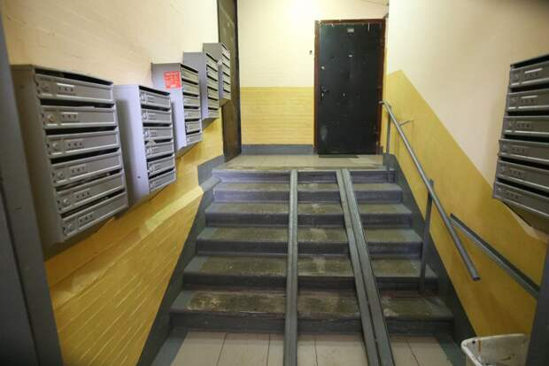Почтовые ящики в доме на Строгинском бульваре отремонтируют — управа