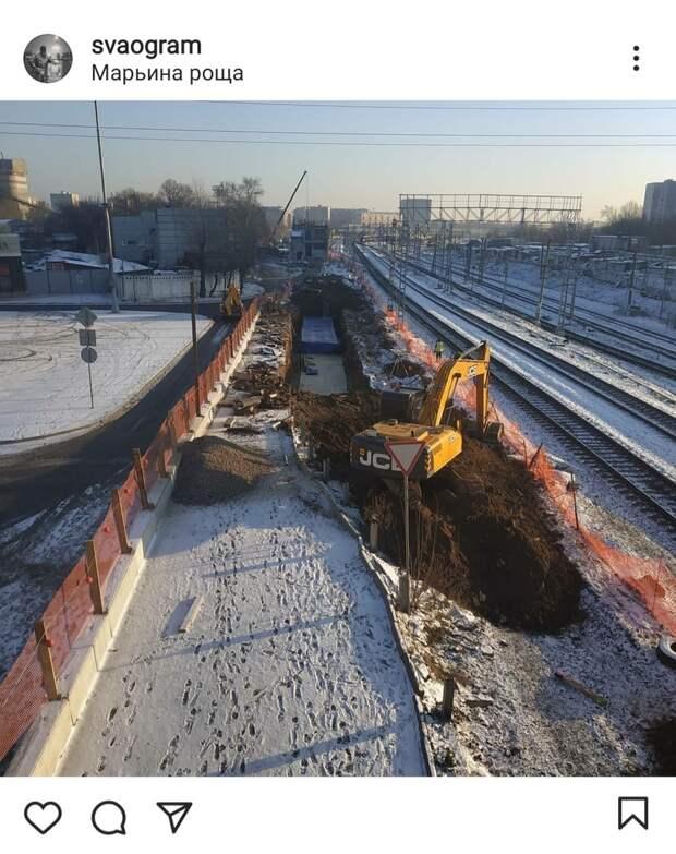Фото дня: под Шереметьевским мостом начались строительные работы
