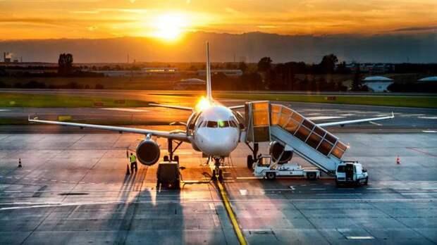 Опубликован список самых пунктуальных авиакомпаний