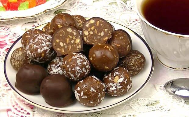 Шоколадные конфеты к чаю за 5 минут. Делаем из 2 видов молока и какао