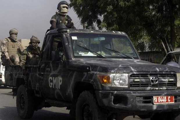 Группу российских туристов задержали в Чаде
