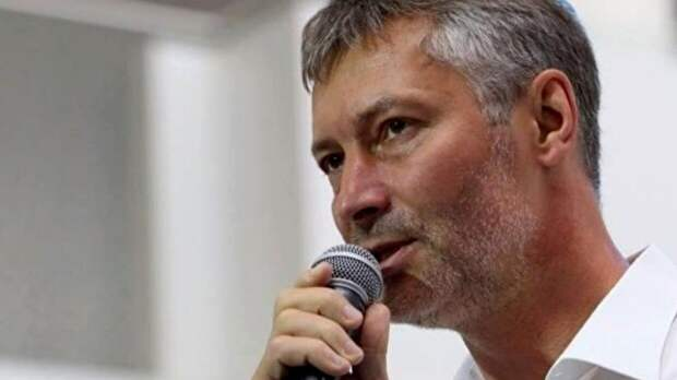 Экс-мэра Екатеринбурга Ройзмана арестовали на девять суток