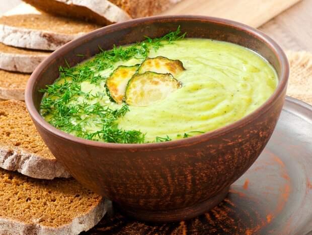Суп-пюре из кабачков— безусловный лидер среди первых блюд!