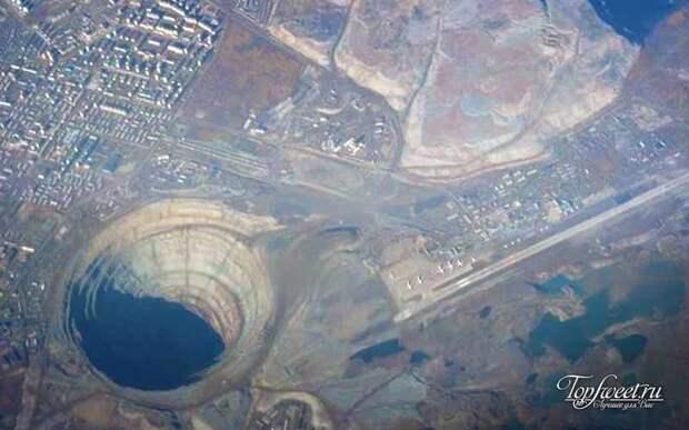 Глубина Кольской Сверхглубокой Скважины 12 км.