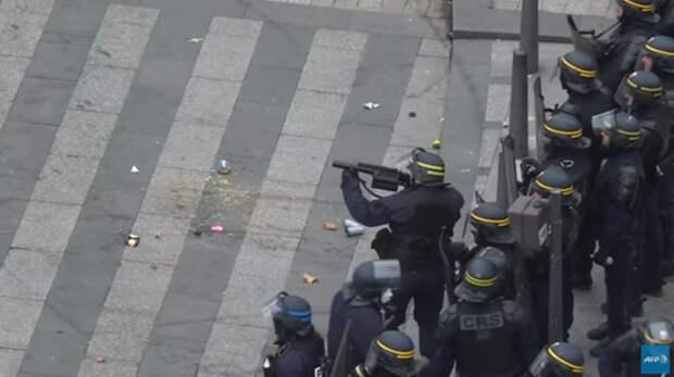 Тут вам не Россия: методы французских полицейских ужаснули весь мир