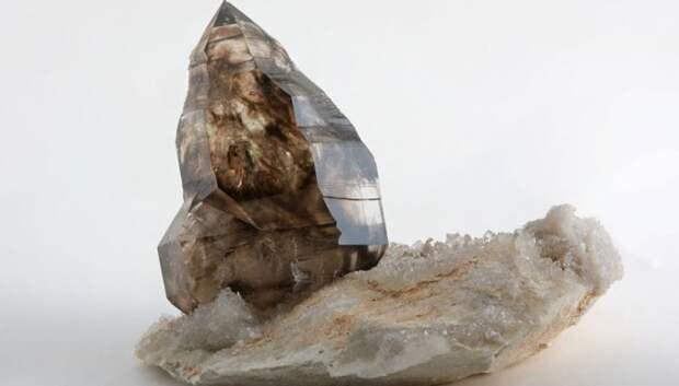 Топ-9 минералов-убийц, которые на свою беду добывает человек