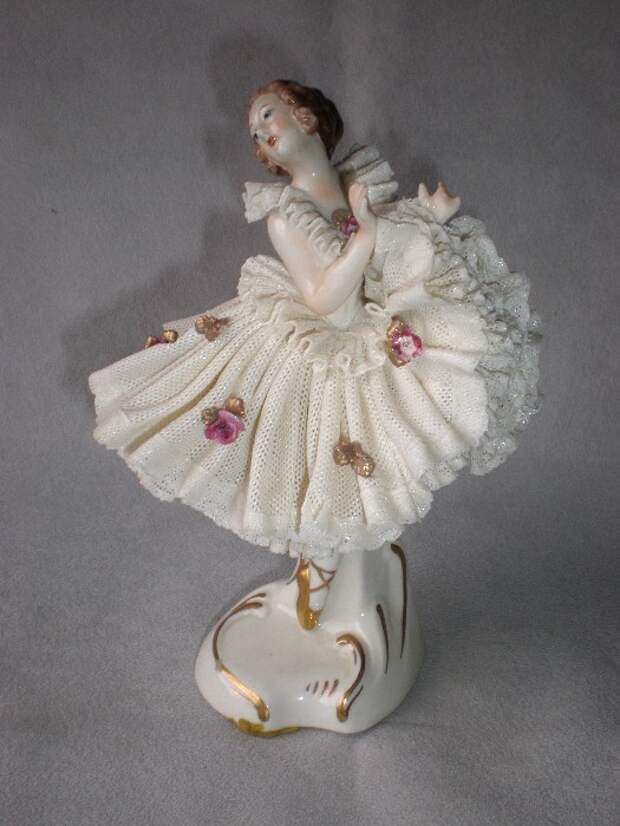 Fabulous Vintage Dresden Lace Ballerina Figurine