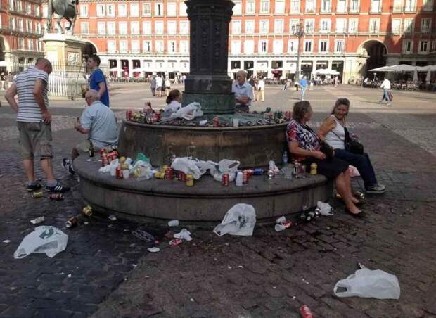 Площадь в Мадриде. Фотография взята с сайта tass.ru