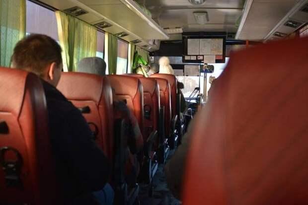 «Я бы в окно вышла от страха»: видео из автобуса Владивостока напугало людей