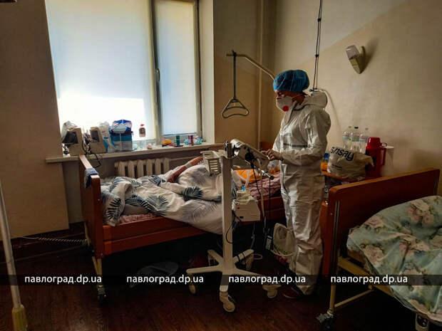 Картинки апокаліпсису. Covid-лікарні переповнені, пацієнтів розміщують у коридорах
