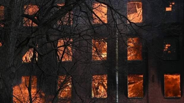 Трое подростков спасли ребенка из горевшего дома в Красноярском крае